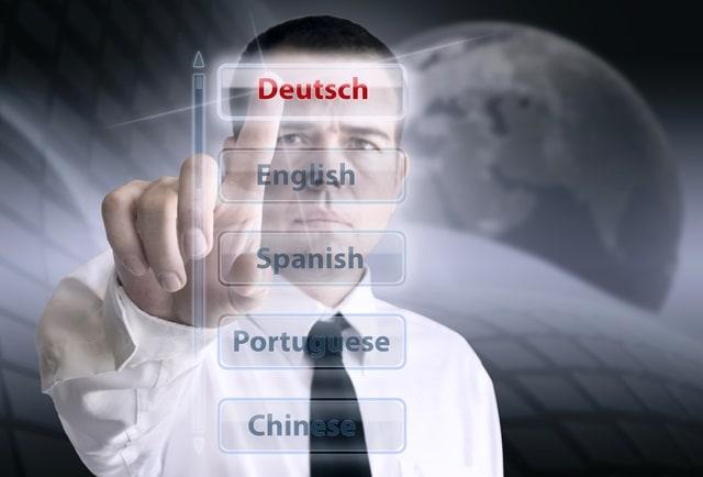 разлике између пружаоца језичких услуга и самосталних преводилаца