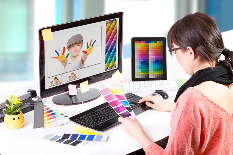 We are Looking for a Graphic Designer (InDesign, FrameMaker) (M/F)! - Ciklopea